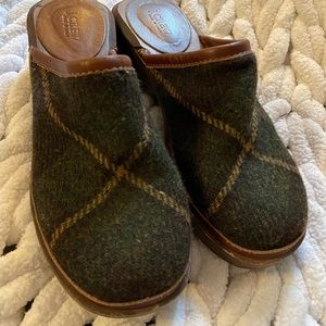 J.Crew wool plaid wooden clogs Italy 7 GUC
